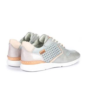 superlight-sneakers-isbre